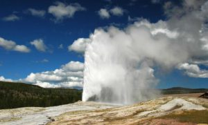 the old faithfull geyser