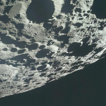 Lune orbite basse