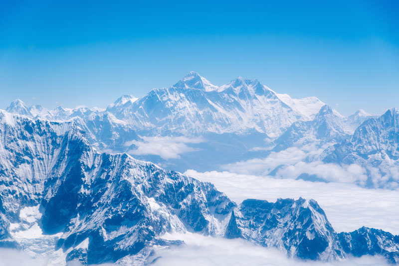 Le mont Everest : plus haut sommet de la planete
