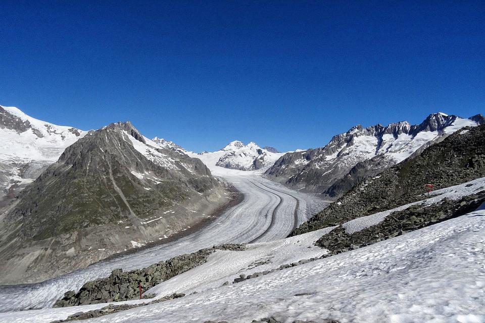 Vue sur le glacier d'Aletsch en Suisse.