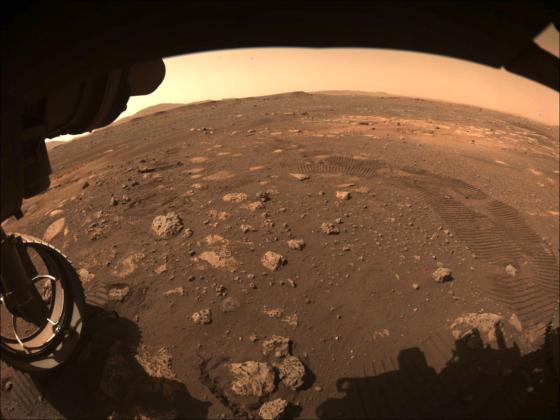 Premières manœuvres de Perseverance sur Mars.